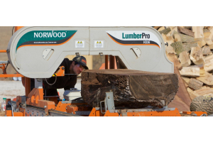 3 Reasons Why Your Lumber Isn't Straight