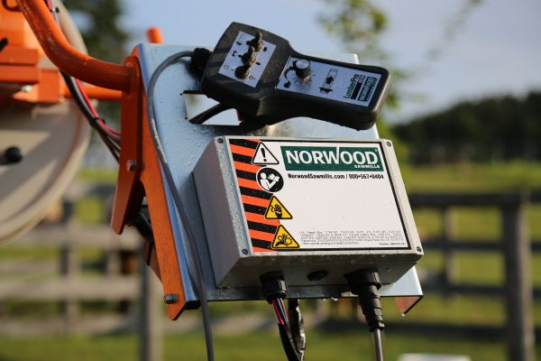 Norwood Sawmills Power Feed & Power Sawhead
